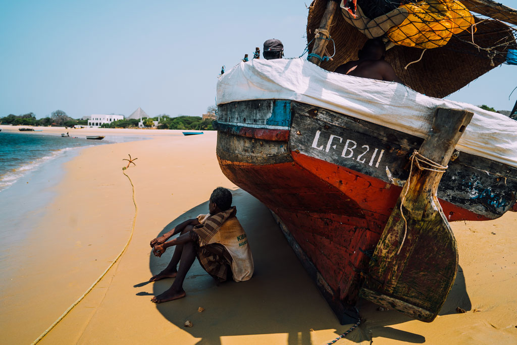 Lamu-Beach-Fisherman