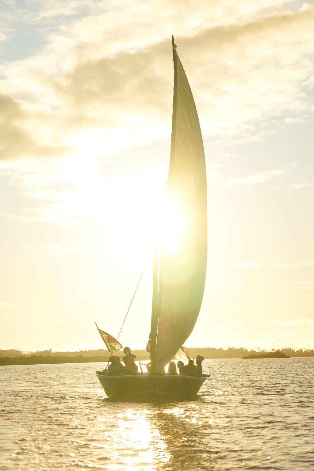 Sunset-Dhow-Ocean