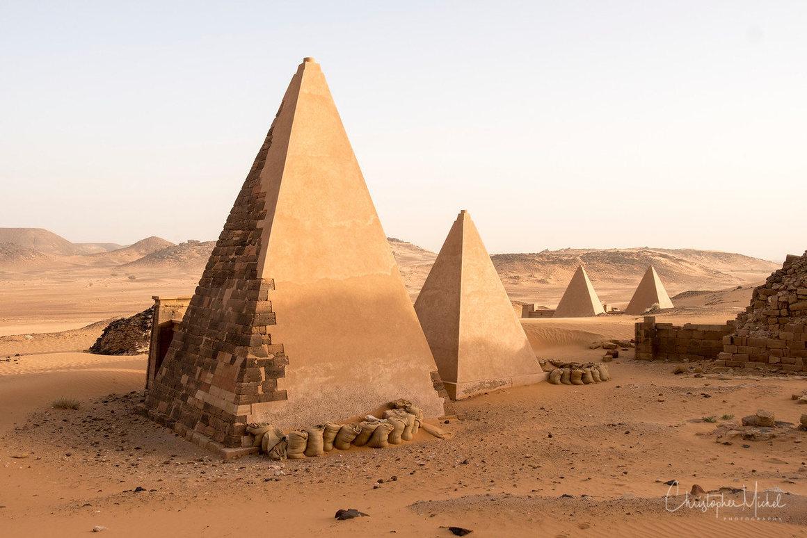 Sudan-pyramids-travel
