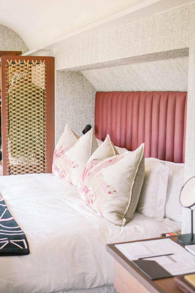 Room Detail Train Hotel